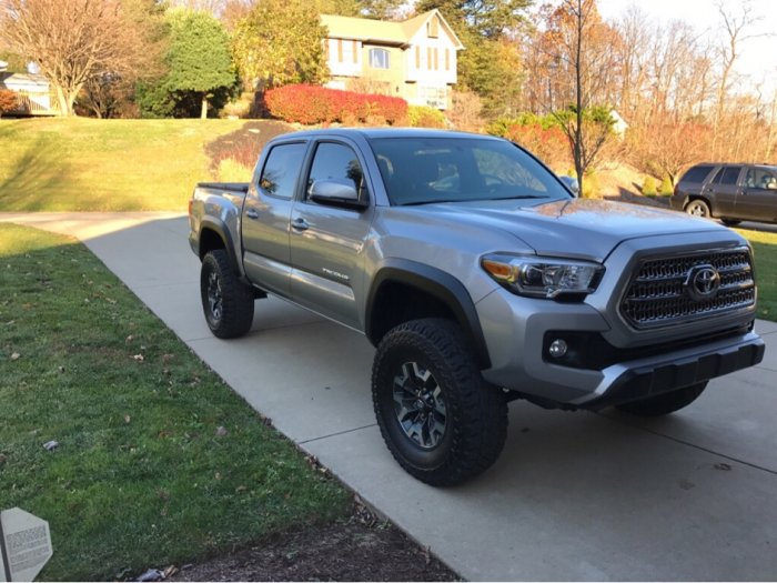 "2016 TRD Off-road 3"" Lift 