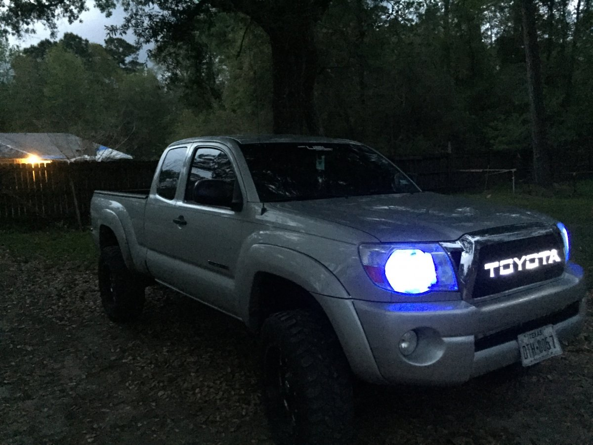 What kind of decals should I buy   Tacoma Forum - Toyota Truck Fans