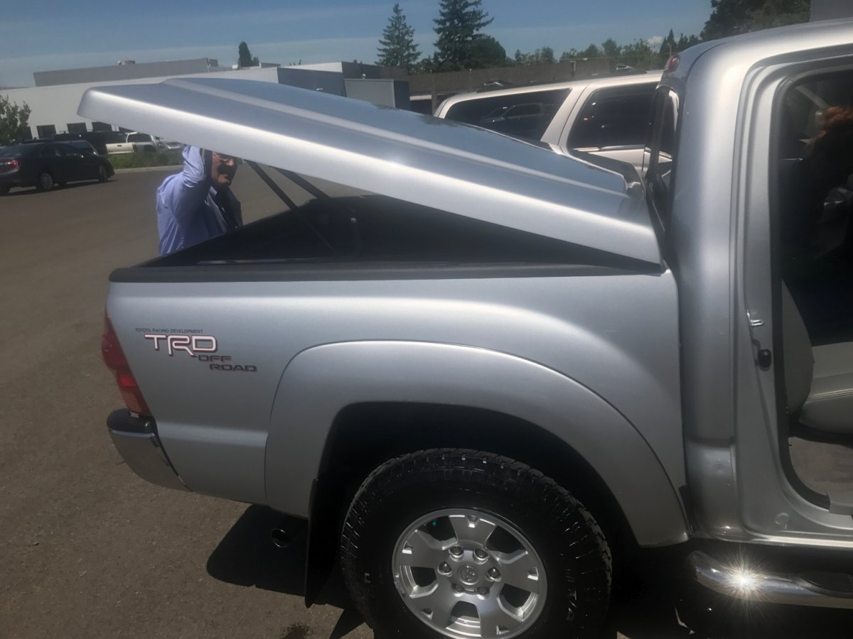 Leer 700 Hard Tonneau Cover Tacoma Forum Toyota Truck Fans